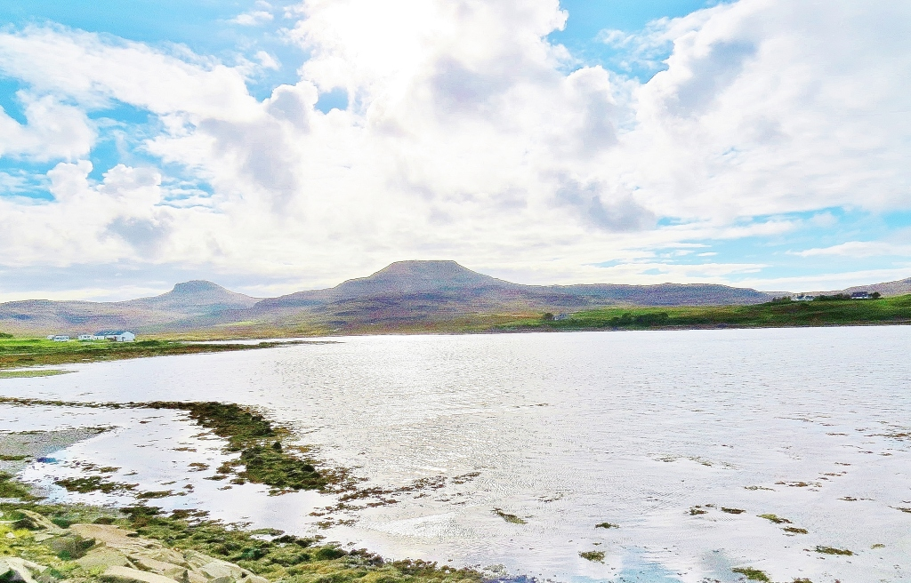 Loch Dunvegan andTable Mountains