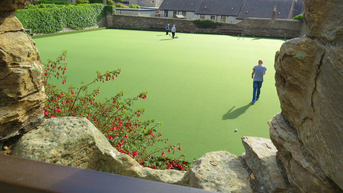 bowling green from earl's castle